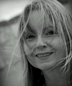 Caroline Farrell (2)